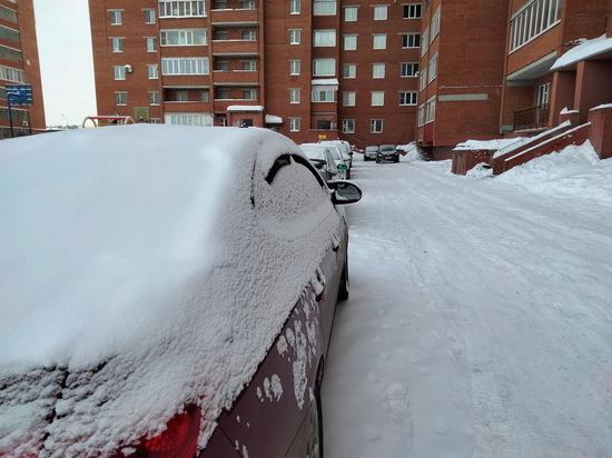 Российским водителям объяснили опасность хранения авто в гараже