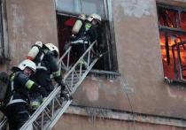 В Черногорске минувшей ночью горела многоэтажка