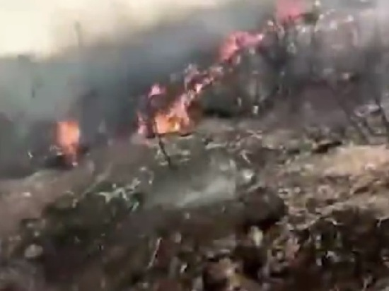 В Нигерии рухнул самолет с военными