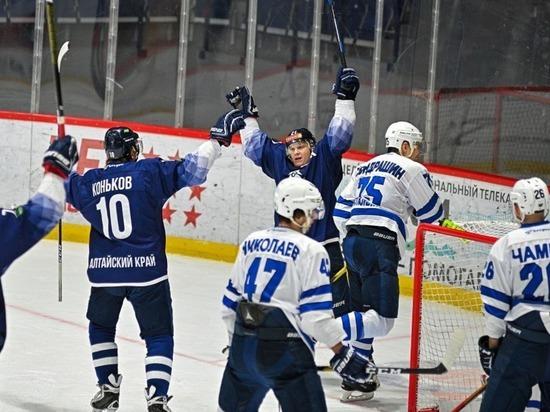 Алтайские хоккеисты впервые в истории стали чемпионами ВХЛ