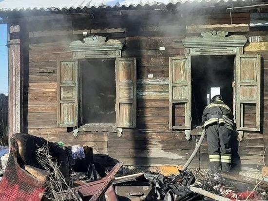 Тела двух забайкальцев обнаружили в сгоревшем доме на Ямской в Чите