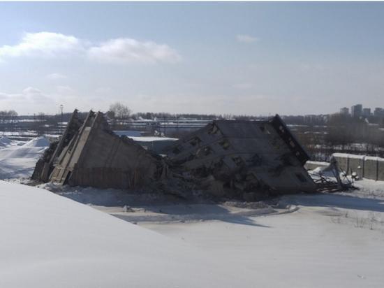 В Кирове взорвали ещё одну башню мелькомбината