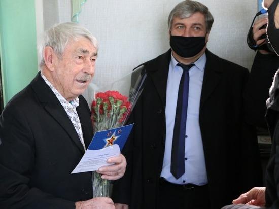 Единороссы поздравили ставропольских ветеранов с 23 февраля