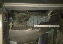 В пристрое деревянного дома-памятника в Иркутске частично обрушился потолок