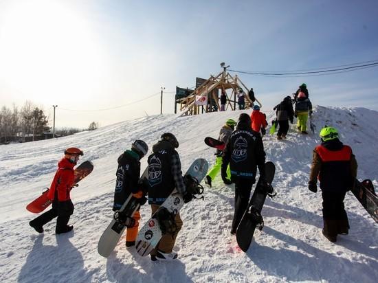 Иркутские спортсмены лопатами прокладывают путь в спортивное будущее