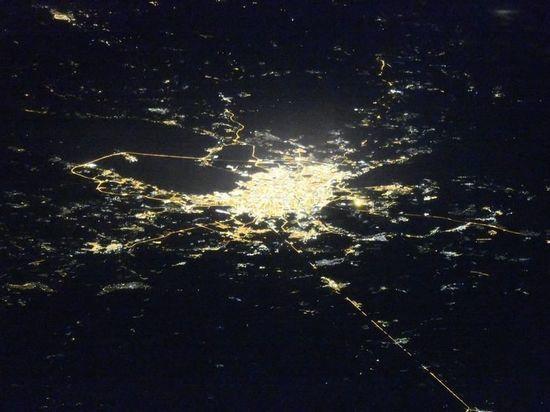 Космонавту МКС удалось сделать редкий снимок ночного Петербурга