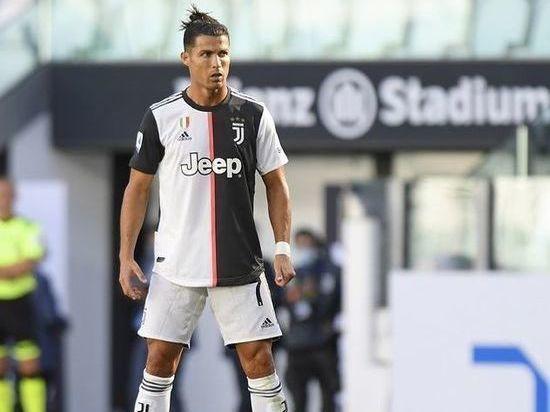 Роналду стал единственным игроком, сыгравшим более 1000 матчей в XXI веке