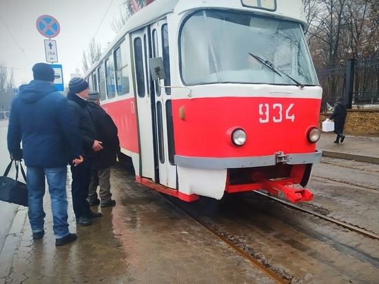 Донецкий транспорт выпустил билеты к 23 февраля