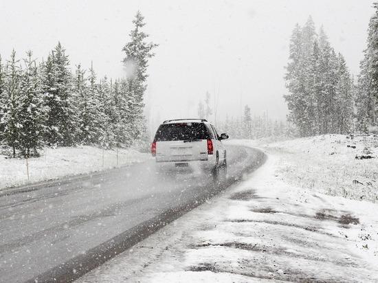 В Челябинской области из-за метели ограничено движение транспорта на нескольких трассах
