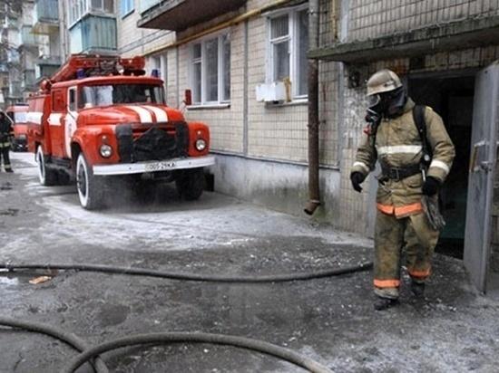 Петербурженка отравилась угарным газом при пожаре на Киевской улице