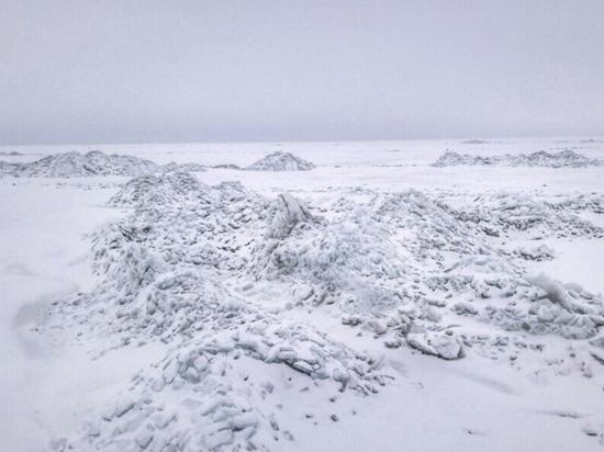 Двое взрослых и двое детей заблудились на Чудском озере, нужны волонтеры со снегоходами