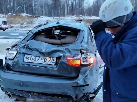 Водитель BMW X6 погиб в ДТП на трассе Забайкалья