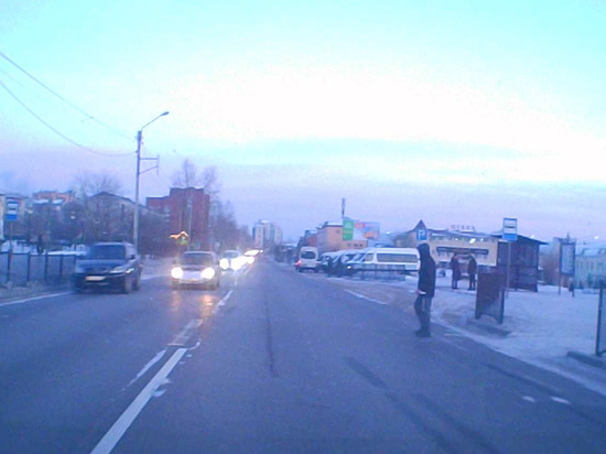 Опубликовано еще одно видео смертельного ДТП у вокзала Улан-Удэ