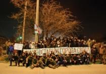 Хроники Крымской весны: Аксенов показал, как самооборона защищала базу