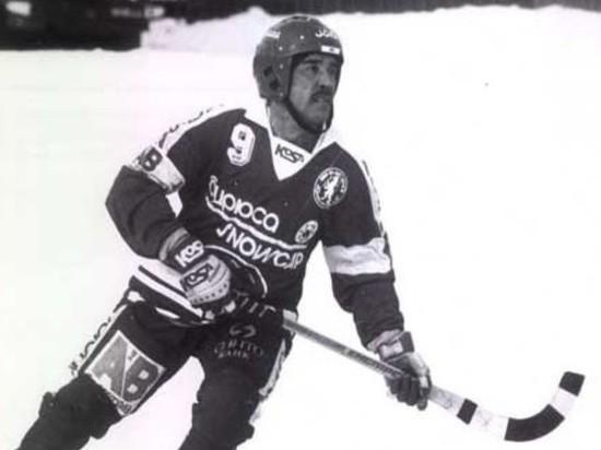 Скончался прославленный красноярский хоккеист