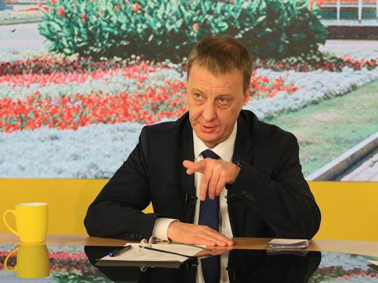 Впервые с момента вступления в должность, мэр Барнаула Вячеслав Франк, согласился поучаствовать в большой пресс-конференции