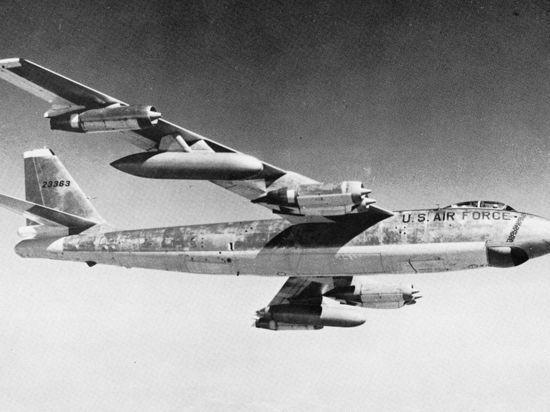 Изучая рассекреченные документы разведслужб США, относящиеся к начальному периоду холодной войны, исследователь из Самары Андрей Шепелев нашел ранее не известные свидетельства того, что в первой половине 1959-го над Северным Уралом летали самолеты-разведчики типа RB-47