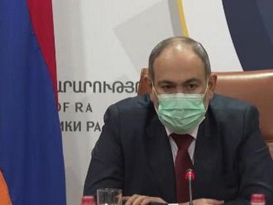 Президент Армении Армен Саркисян своим указом освободил от занимаемой должности заместителя главы Генштаба ВС страны, генерал-лейтенанта Тирана Хачатряна