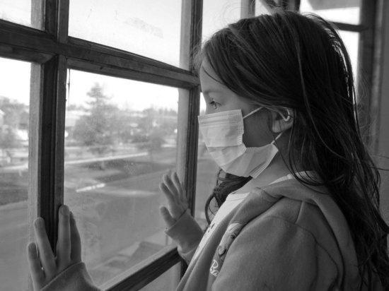 Ученые заметили, что у половины детей симптомы COVID сохраняются месяцами