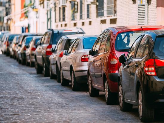 Названа распространенная ошибка при парковке автомобиля