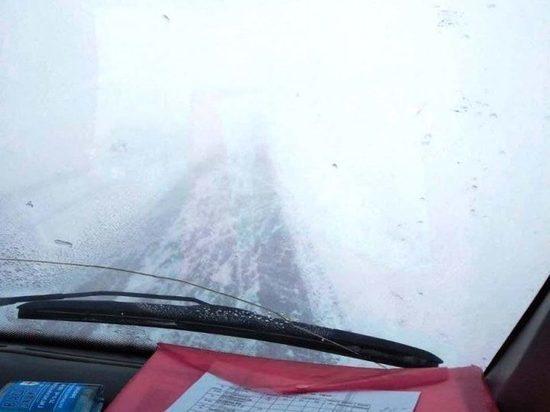 В Минусинском районе ограничили движение автобусов из-за снегопада