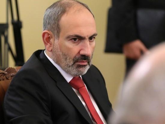 Армия Армении потребовала отставки Пашиняна