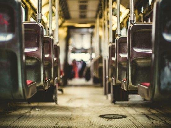 Шестилетний кузбассовец ушел от пьяного отца и катался в автобусе по городу