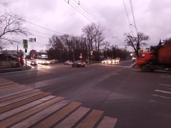 В 2020 году в Вологде в рамках нацпроектов , а также за счет средств Дорожного фонда отремонтировано 16 участков улиц протяженностью 18 км