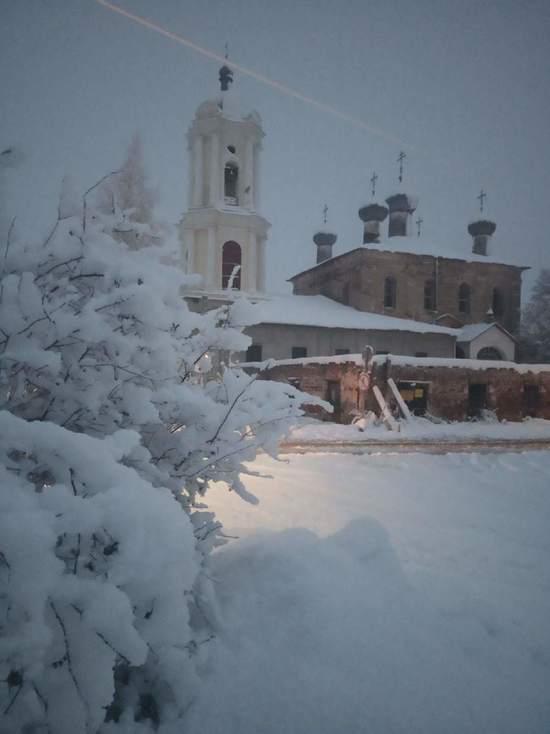 Власти заинтересовались разрушающимся объектом культурного наследия в Тверской области