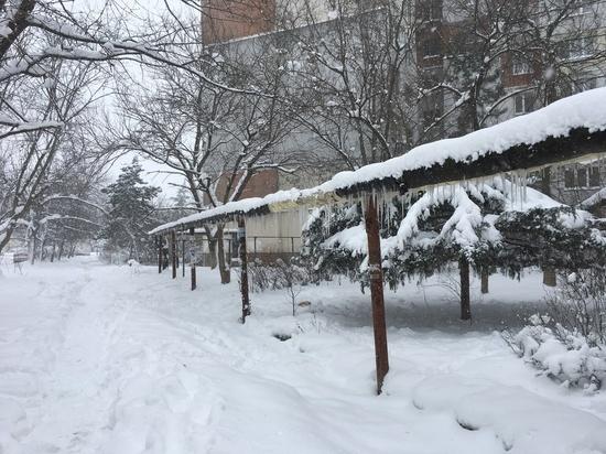 Февральские снегопады серьезно испытали Крым на прочность и вместе с этим подарили надежду на нормальное водоснабжение в период потепления