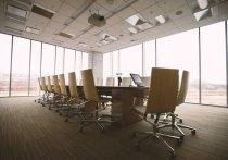 Административные помещения полностью трансформируются: площади сокращаются на 20-30%; все реже встречаются рабочие места, привязанные к конкретному сотруднику