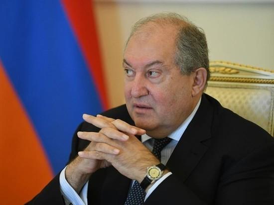 Президент Армении ответил Пашиняну на требование уволить главу Генштаба
