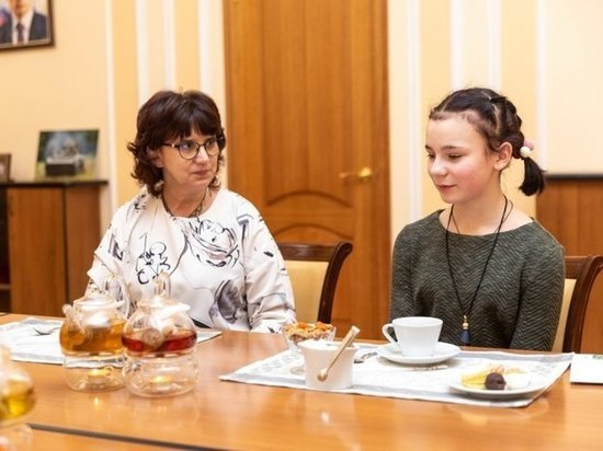 Билет на концерт Егора Крида подарил губернатор 12-летней псковичке
