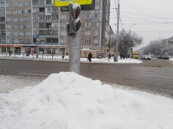 В Красноярском крае резко вырос спрос на услуги дворников