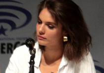 Австралийская актриса Кейтлин Стейси, решившая ради прав женщин уйти в порно и стать режиссером, рассказала о преимуществах работы в индустрии для взрослых, пишет Daily Mail