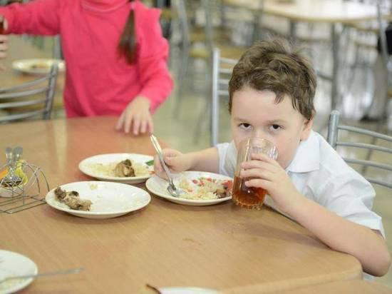 В Твери школьникам стали давать больше бесплатной еды