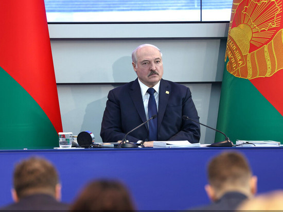 Лукашенко пообещал не передавать власть сыновьям