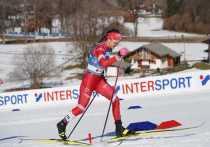 """В четверг, 25 февраля, в немецком Оберстдорфе стартовал чемпионат мира по лыжным видам спорта. И хотя мы очень рассчитываем на медали, пока успехи российских спортсменов не заметны. Возможно, всему виной рыхлая лыжня из-за аномально теплой погоды в Баварии, где днем температура может повышаться до 18 градусов. """"МК-Спорт"""" расскажет о том, как организаторы сохраняют плывущую трассу, как справляются с запретом на присутствие зрителей, и чем недовольны местные фермеры."""