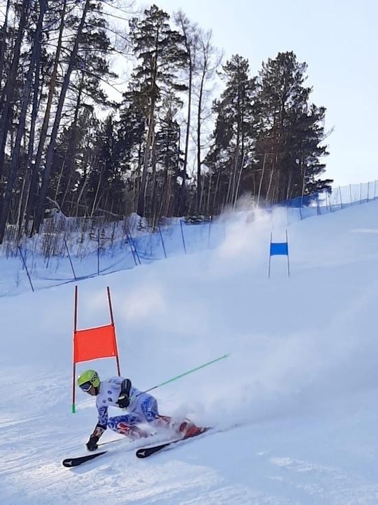 Красноярка Алиса Литвин завоевала три медали на Первенстве России по горнолыжному спорту в Бобровом логу