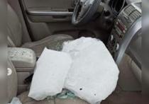 Мэрия Рязани прокомментировала падение глыбы льда на автомобиль