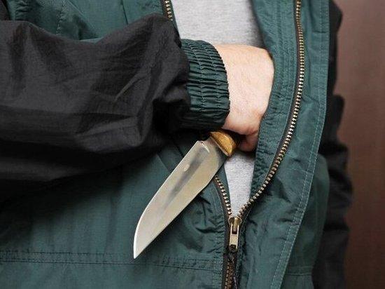 Мужчина ограбил уроженца Краснодарского края на ж/д вокзале в Ростове