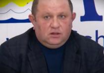 Депутат Сахалинской областной думы Дмитрий Пашов задержан после приглашения на допрос по старому делу о ловле краснокнижной рыбы, сообщает издание Sakh