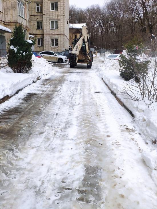 В Ставрополе снегопады осложнили работу мусорщикам