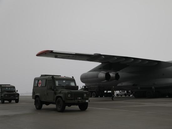 Рига пожертвовала Киеву подержанные внедорожники