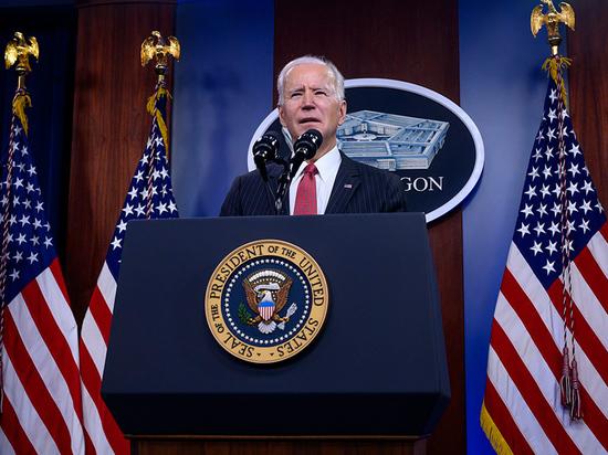 «Новая администрация США переняла старую установку на смену режима в Дамаске»