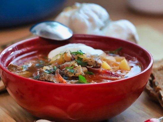 Украинский борщ попал в рейтинг лучших супов мира по версии американского телеканала CNN Travel