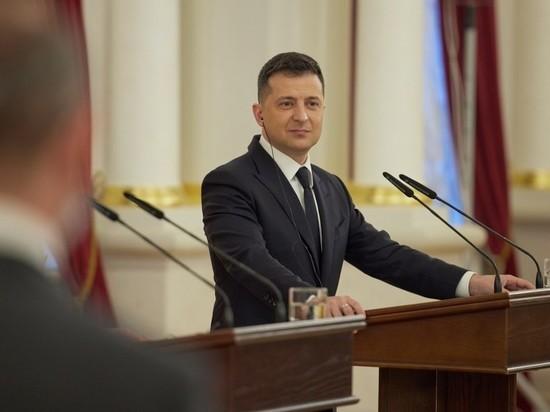 В Раде обвинили Зеленского в намерении «нивелировать конституцию»