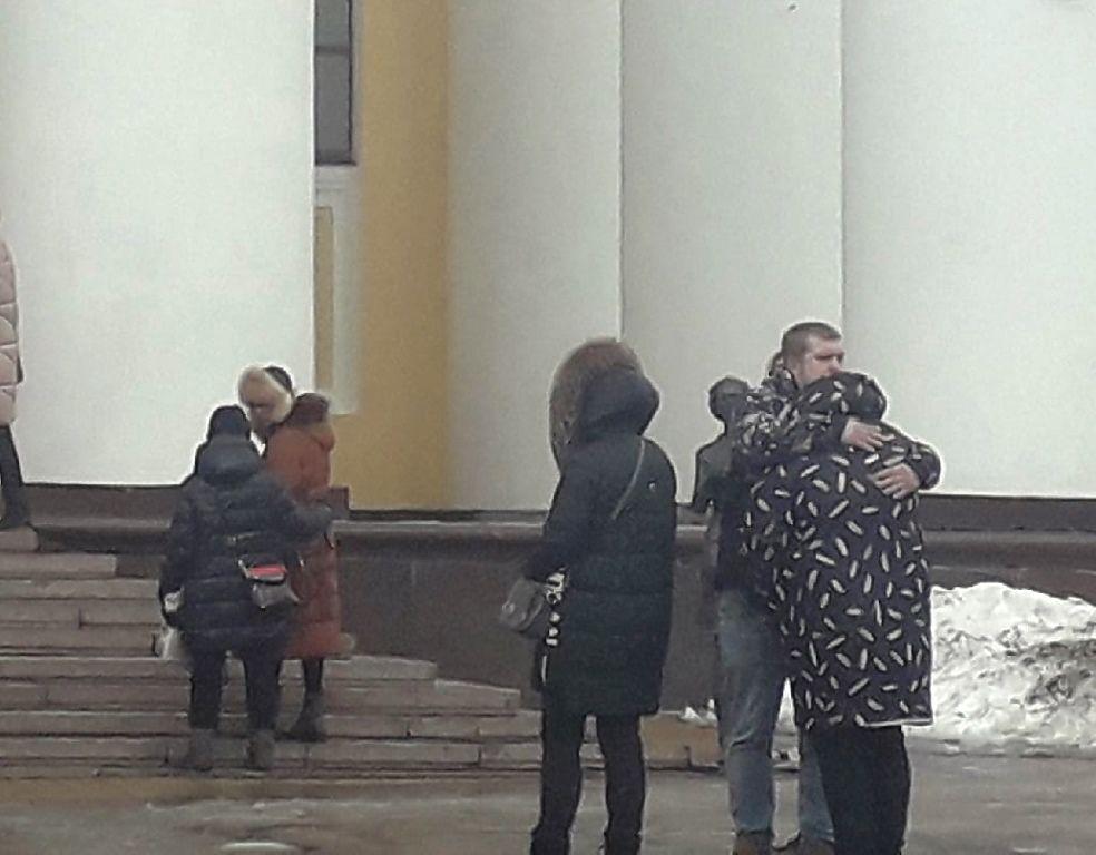 Скорбные кадры прощания с актером Вячеславом Голодновым
