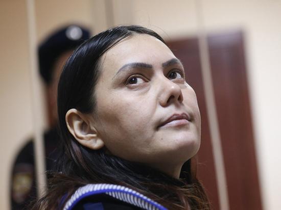 Пять лет минуло с того кошмарного дня, когда безумная няня из Узбекистана Гюльчехра Бобокулова отрезала голову маленькой девочке-инвалиду, подожгла квартиру и пошла к метро, размахивая детской головкой под крики: «Аллах Акбар»