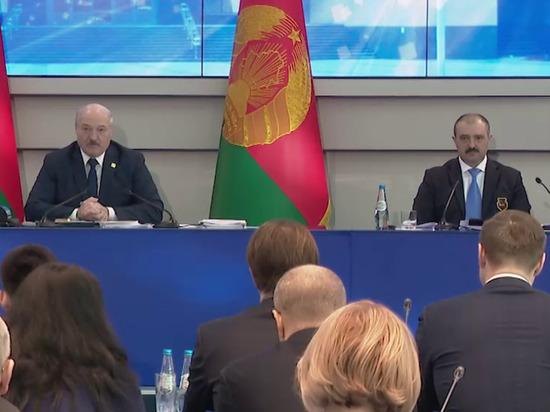 Белорусским спортсменам, возможно, тоже придется на Олимпиаду ехать без своего флага